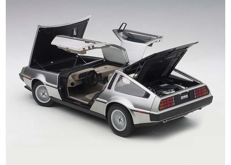 DeLorean DMC-12 1981 (satin finish)