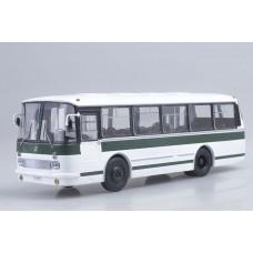 ЛАЗ-695Р бело-зеленый