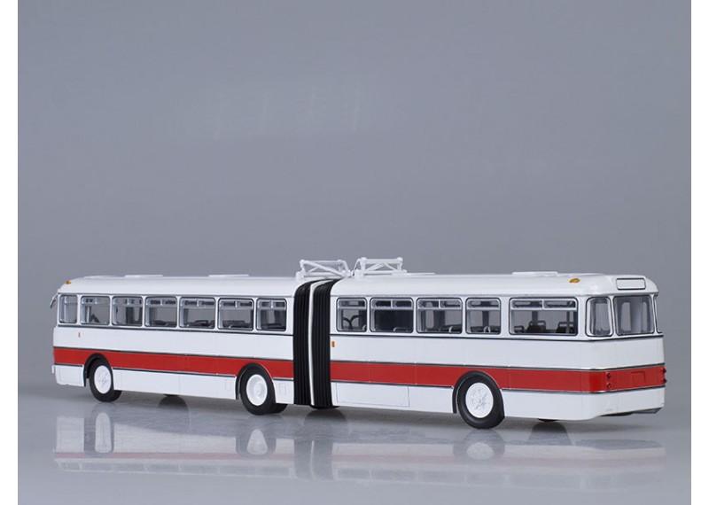 Икарус-180, бело-красный