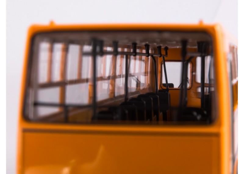 Икарус-260 планетарные двери жёлтый