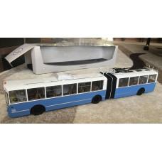 ЗИУ-10 (ЗИУ-683) троллейбус (бело-голубой)