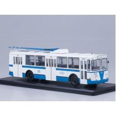 ЗИУ-682Б бело-голубой (рабочие штанги)