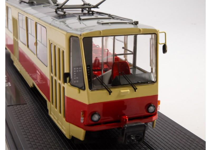 Трамвай Tatra-T6B5
